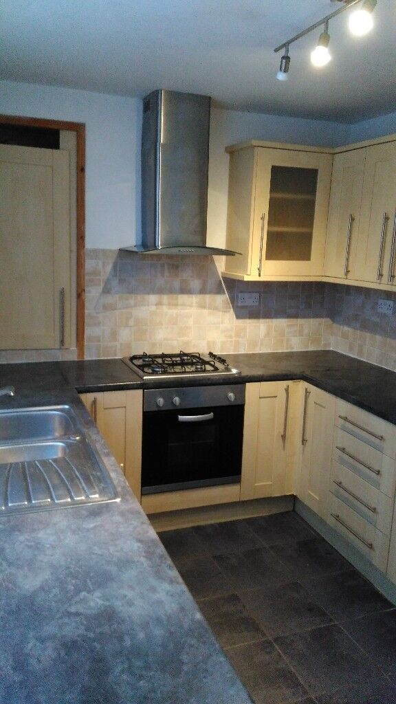 2.5 Bedroom House to rent in St Thomas, Swansea, SA1