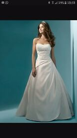 Alfred Angelo Style 1136 Size 12 Ivory Wedding Dress