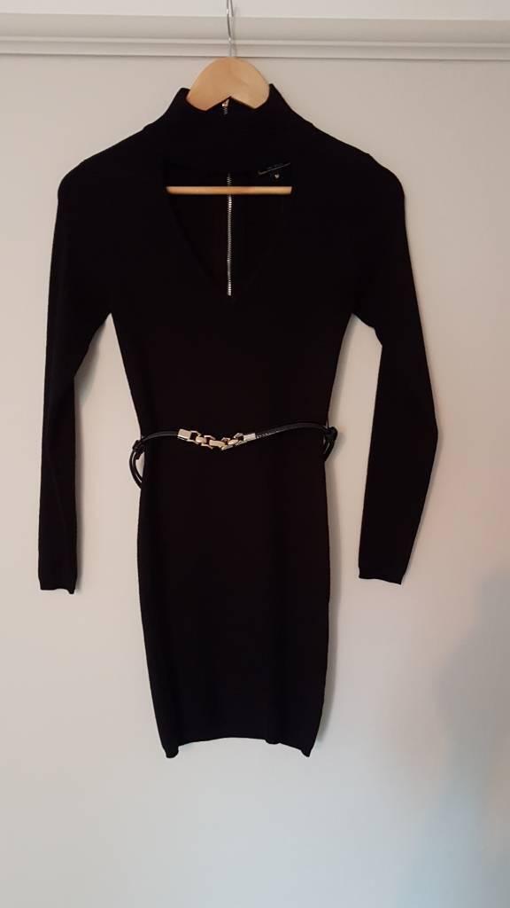 BNWT Gorgeous little black dress by lipsy size M (8-10)