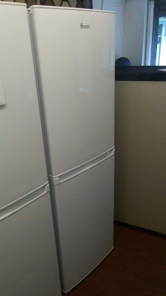 BRAND NEW SWAN FRIDGE FREEZER FREE DELIVERY TO MANCHESTER AREA