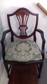 Bridgecraft dining table, 6 chairs & 2 carvers