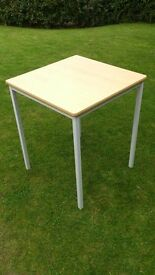 Wood effect School exam tables / Office side tables / square cafe tables