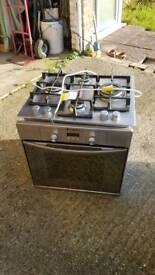 Single oven and gas hob