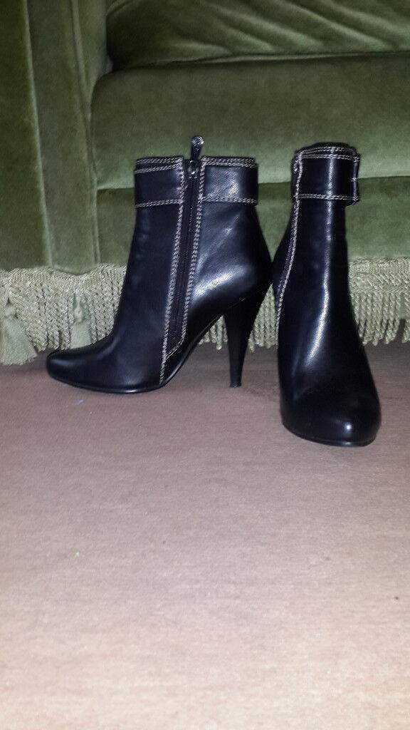 Women's leather short boots, size 4 (EU 37)