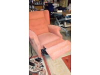 reclyning arm chair