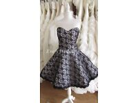 Beautiful short black/white wedding dress UK size 16/18