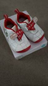 Clarks first shoes toddler size 3.5 3 and a half G wide