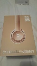Limted Edtion !!! Dre Beats Solo 2 Wireless Brand New