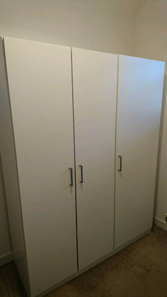 ikea dombas white 3 door wardrobe 25 in wakefield west. Black Bedroom Furniture Sets. Home Design Ideas