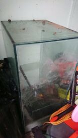 Glass fish or pet tank