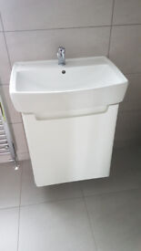 Brand New.The 590x510mm High Gloss White Wall Hung Basin Unit. Ceramic basin.Chrome tap included