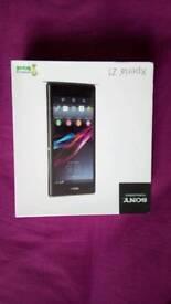 Sony Xperia Z1 C6903 - 16GB - Black (Unlocked) Smartphone