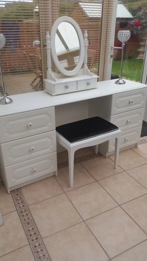 pretty nice 0ad3e 4826d Large White Dressing Table with Box Mirror and Stool | in Castlereagh,  Belfast | Gumtree