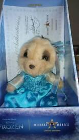 Limited edition elsa meerkat