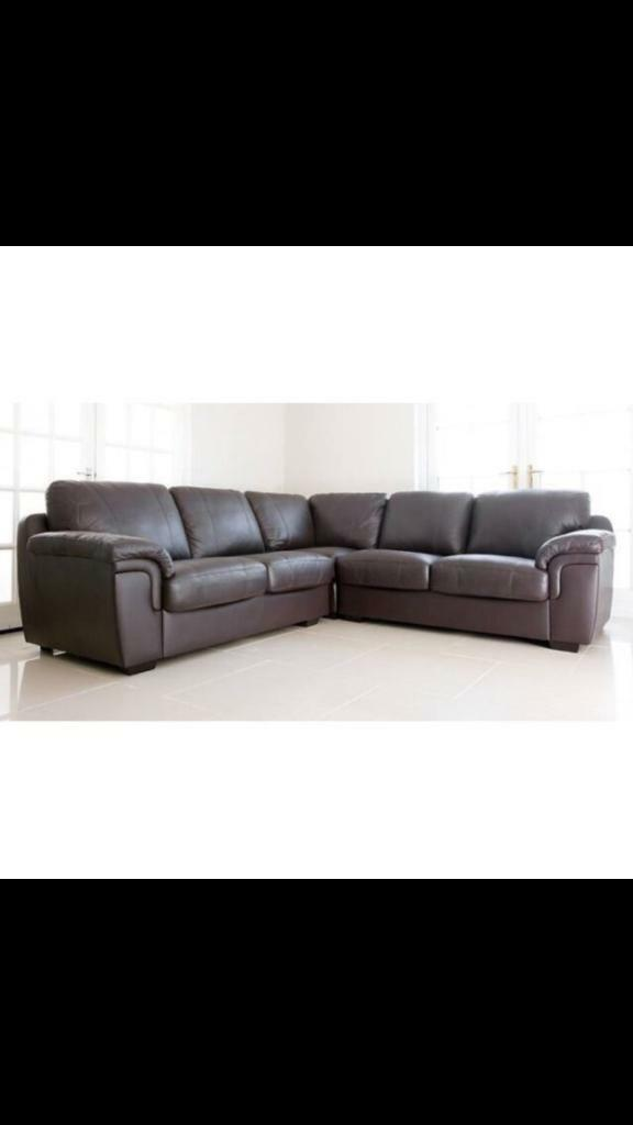 Ex-display** Large brown Amy corner sofa -- last one left -- CALL TODAY