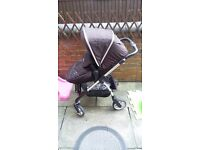 Silver cross wayfarer in black. such a brilliant and faultless pram. Collection sheffield