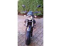Moto Guzzi V9 Bobber Black