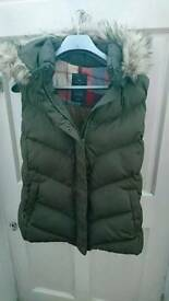 Gap Hooded Gilet, Quilted. Size XL