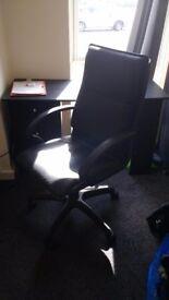 Black adjustable desk chair