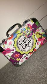 Chit Chat make up cosmetic set complete case