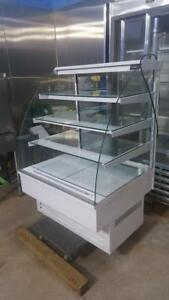3 FT IQLOO PASTRY DISPLAY COOLER