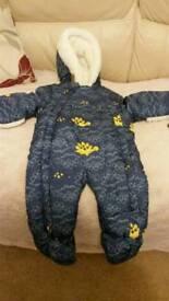 Babies snow suits