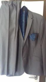 Mans suit slim fit