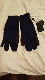 Pretty green gloves new with tags