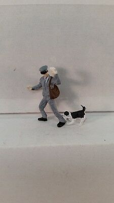 Arttista S Scale Figure 746 - Postman w/Dog Biting Ankle - People - Model Trains