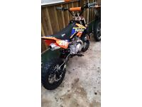 125cc stomp pitbike like new must see £400