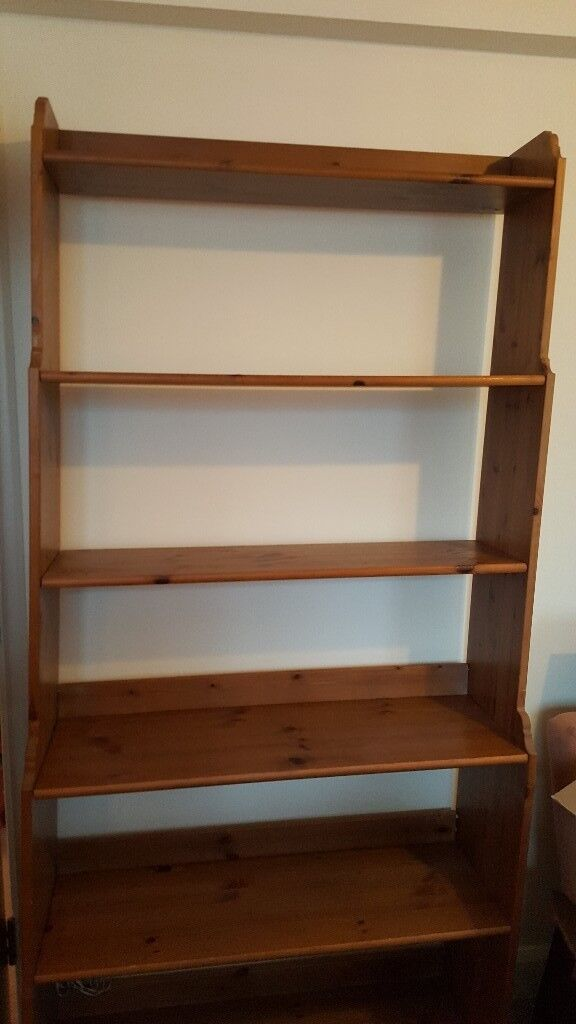 Wooden book case with 6 shelves
