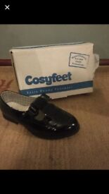 Ladies cosyfeet shoes size 8.5