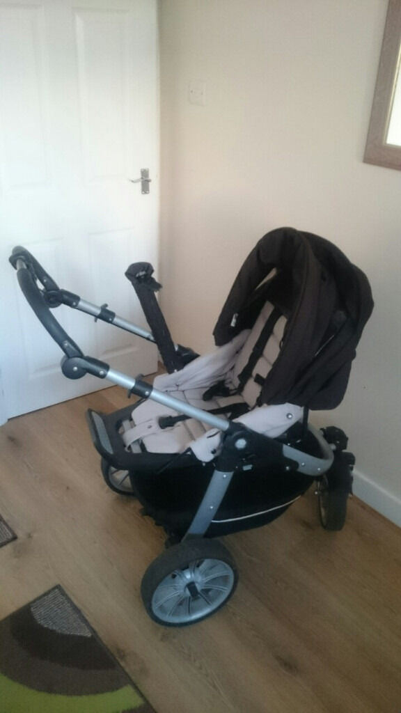 Teutonia System Pram With Car Seat Base Adapter Soft Carry Cot