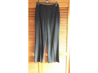 Hobbs black formal women's trousers, brand new condition, size 10