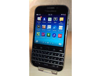 Blackberry Q20 - O2 - Good Condition + Charger