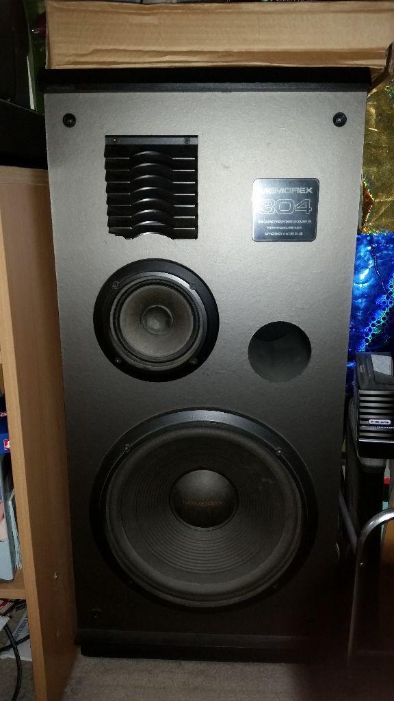 2 X Memorex 304 100 Watt Stereo Speakers In Edmonton