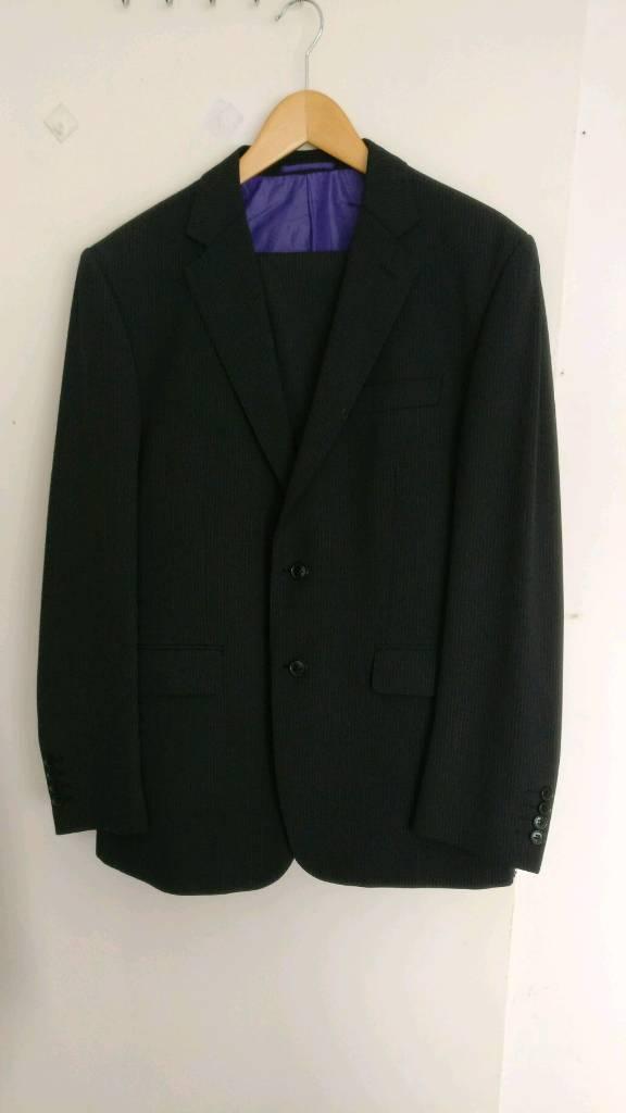 Navy Blue 2 Piece Suit £35