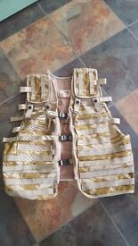 Immaculate utility vest, can be used for military/hunting/fishing