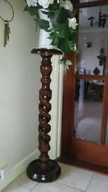 display / plant stand