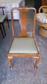 Set of 4 Dining Chairs for upcycling