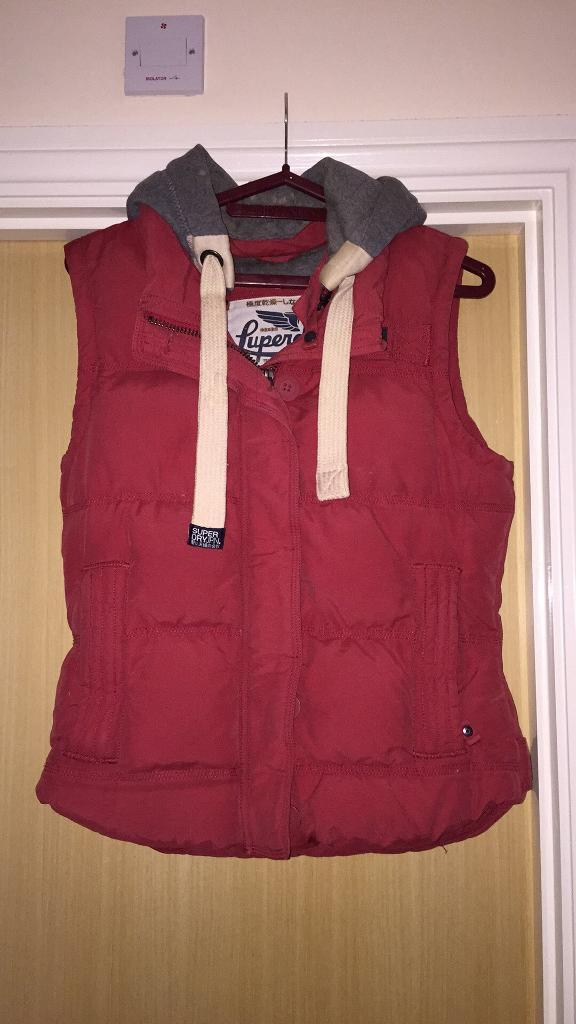 LADIES SUPERDRY GILET/BODY WARMER SIZE L