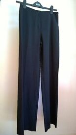 Wide legged trousers - size 8 (Brand new)