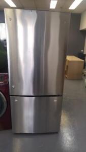 129- NEUF - NEW Frigo 30'' GE Fridge Réfrigérateur Refrigerator