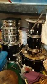 Drum kit and stands Job Lot