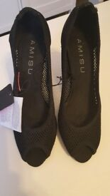 never worn black AMISU heels size 4/37