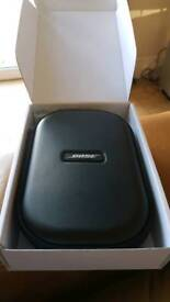 Bose QC25 Quiet Comfort headphones- Brand new - unused