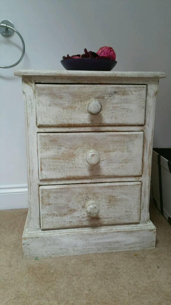 Solid wooden bedside unit, chest of drawers