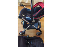 Silvercross Baby Pram with Car Seat and Lots of Accessories - Excellent Condition
