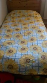 BLUE CHECK WITH YELLOW SUNFLOWER DESIGN SINGLE DUVET COVER & 2 PILLOWCASES