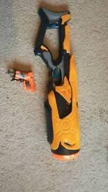 Nerf 20 bullet blaster and pistol